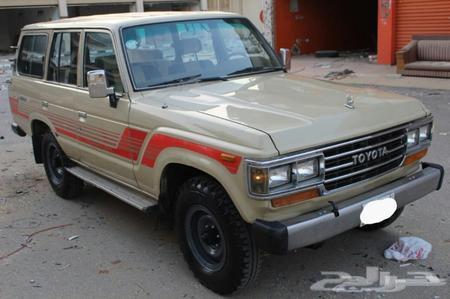 صالون لاندكروزر 1988  87 قطع غيار