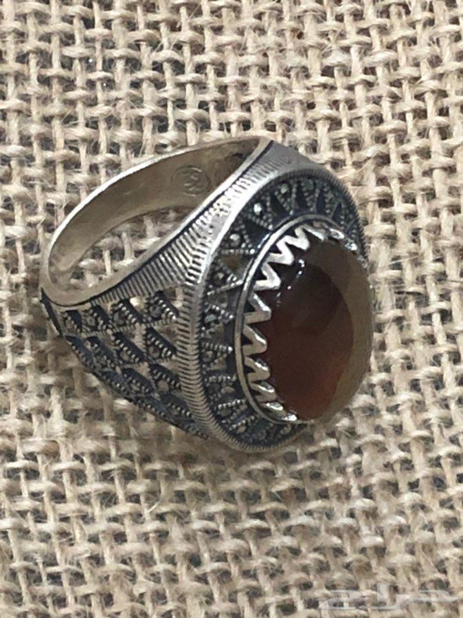 خاتم فضة925بصياغة مميزة وعقيق يمني مزهر