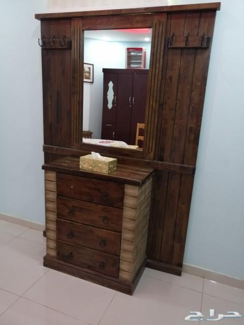 مجلس كنب  منقل طاولات كرسي مدخل مرأه