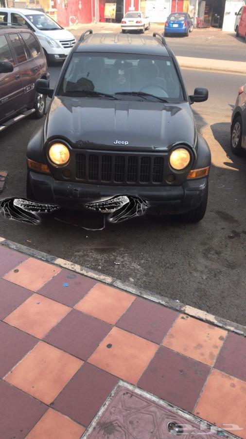سيارة جيب شروكى ليبيرتي  قطع او تشليح
