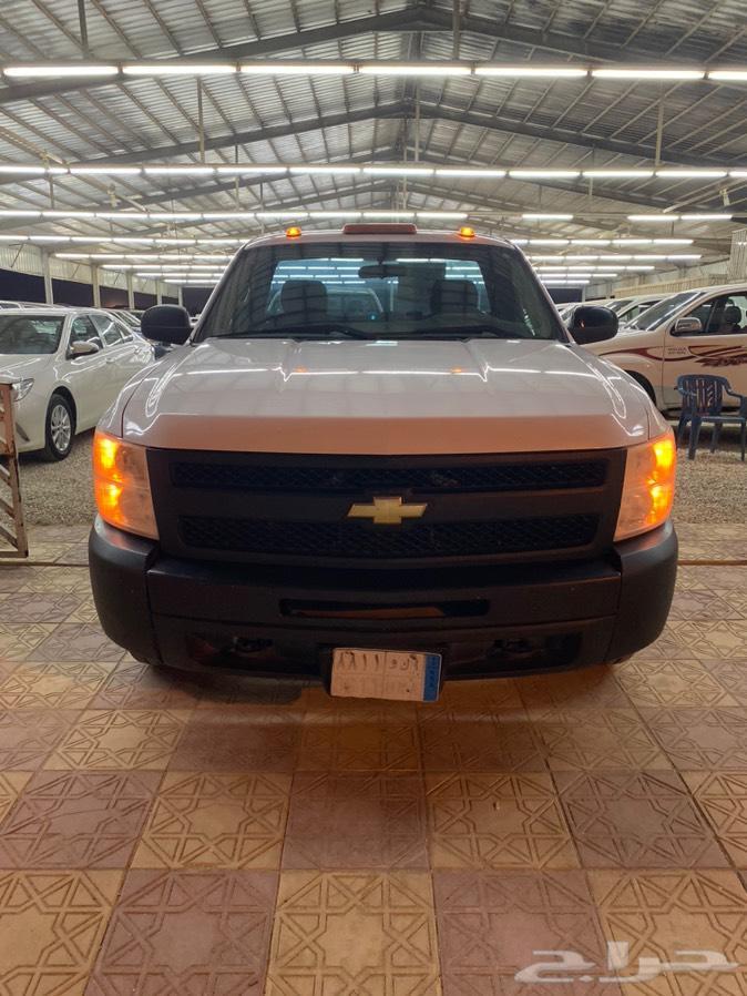 للبيع سلفرادو 2011