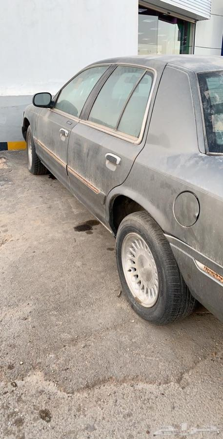 الرياض فورد للبيع موديل 2000