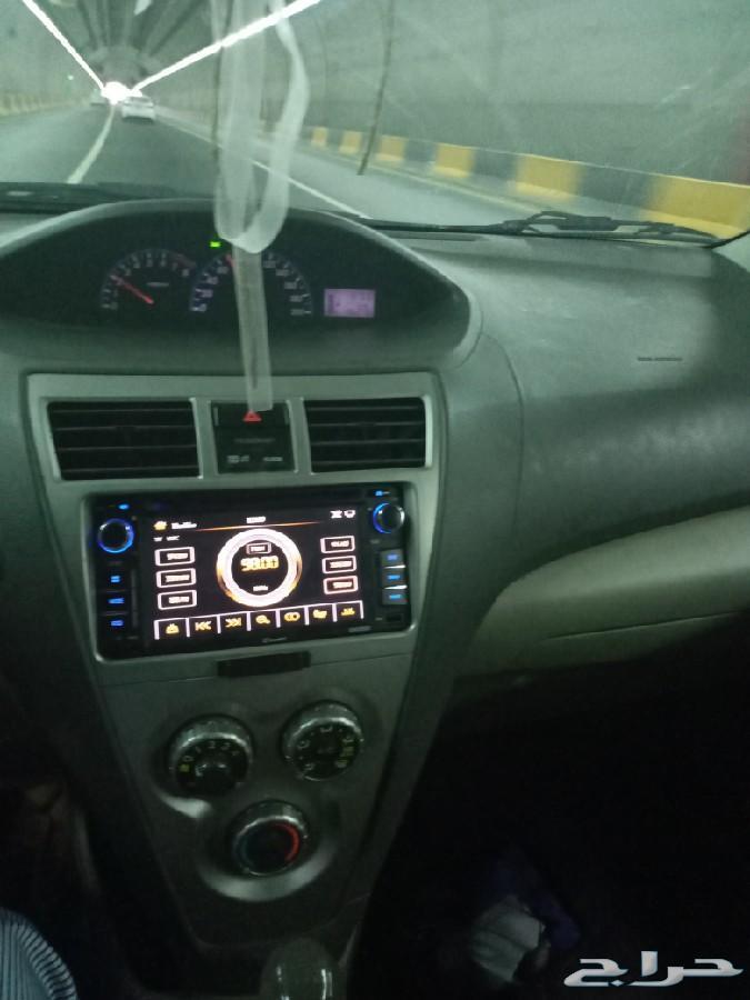 سيارة يارس 2011