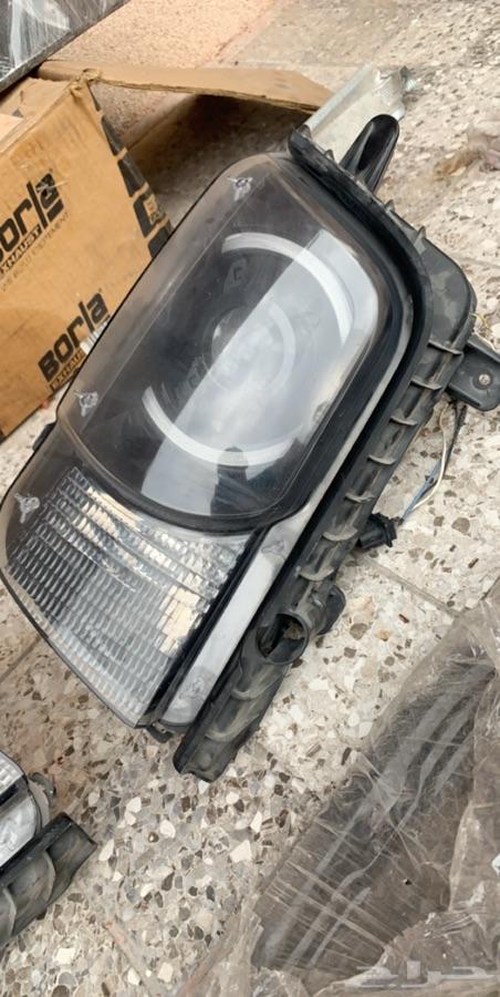 للبيع قطع كومارو 2011