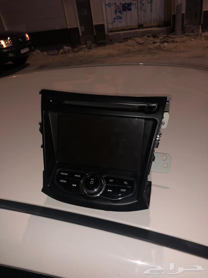 للبيع شاشة هونداي الانترا موديل2012