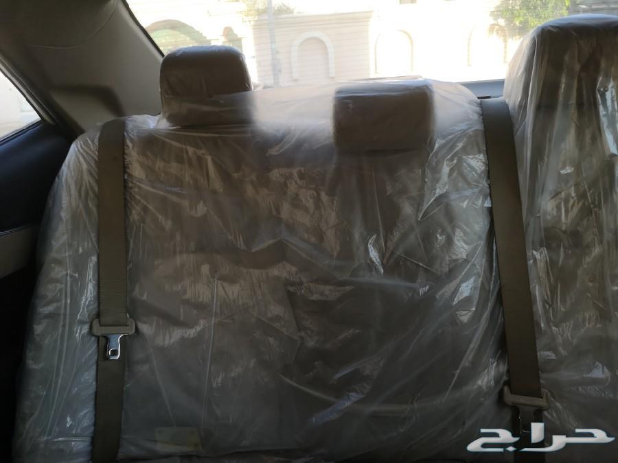سياره كورلا 2015 للبيع