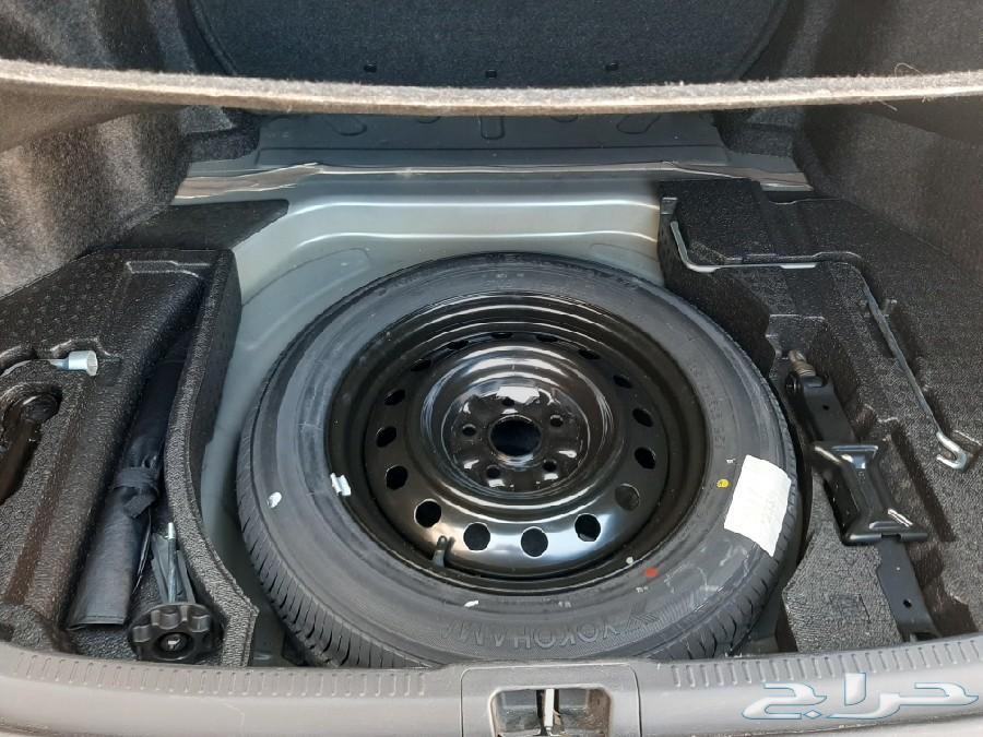 سيارة كامري 2014 للبيع