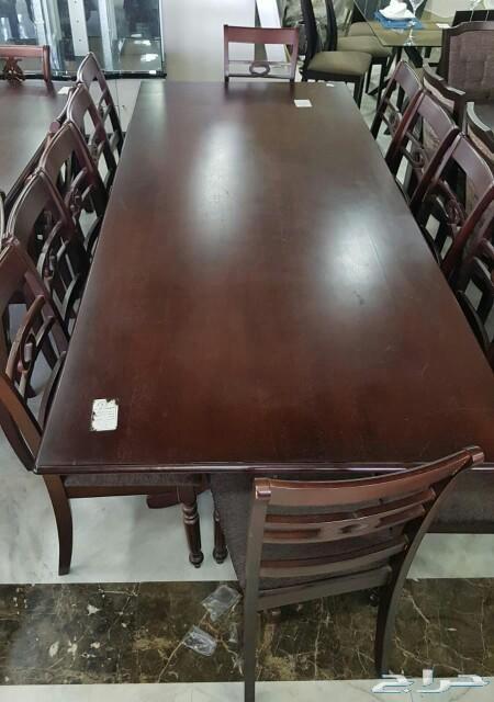 طاولات طعام خشب ماليزي فاخرة