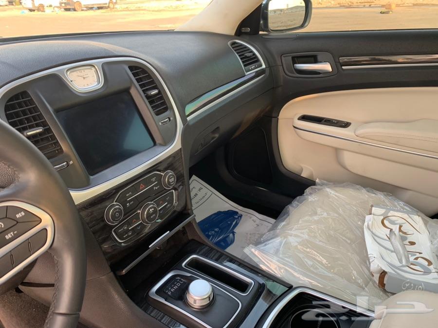 كرايزلر 300 سي موديل 2017
