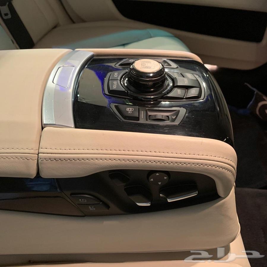 للبيع BMW 750Li اصدار خاص