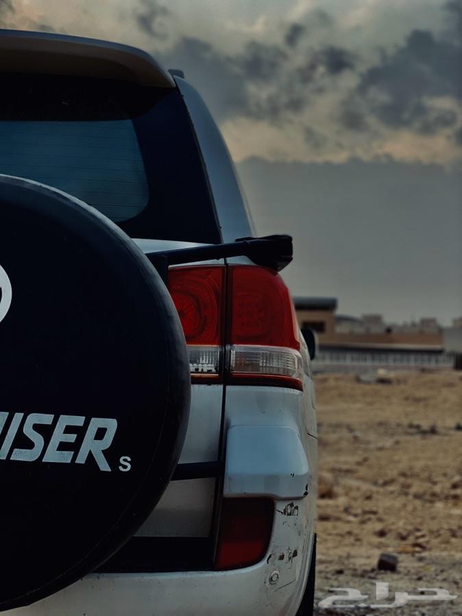 بيع سيارة لاند كروزر