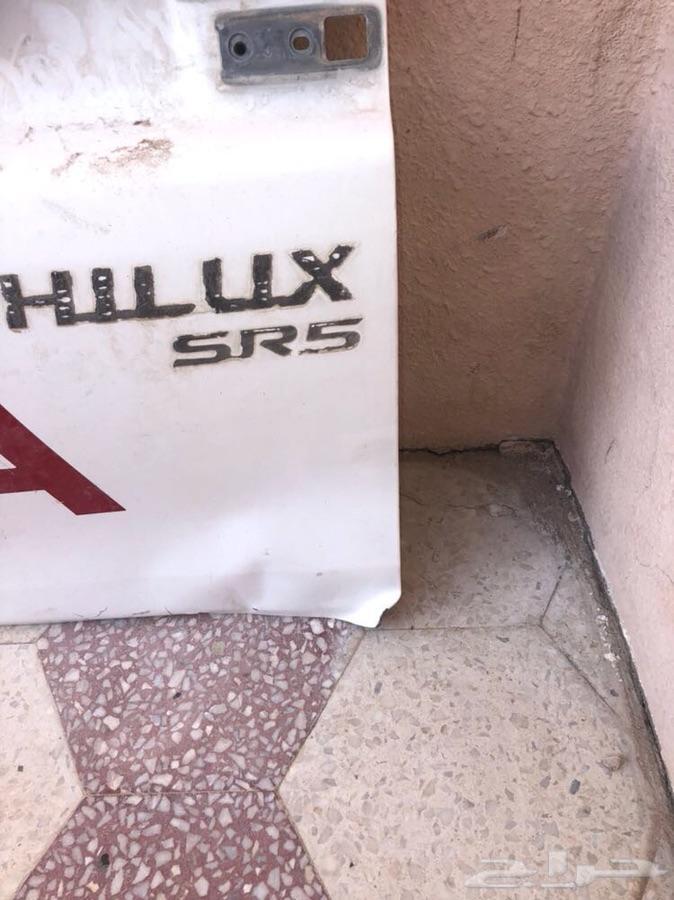 باب صندوق هايلوكس من 16 وفوق