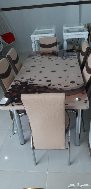 طاولات طعام فخمة وجودة عالية