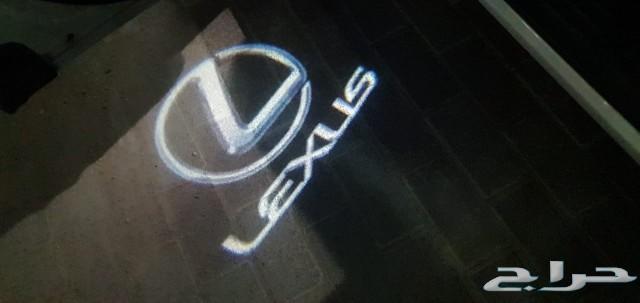 بروجكتر شعار لكزس على الأبواب
