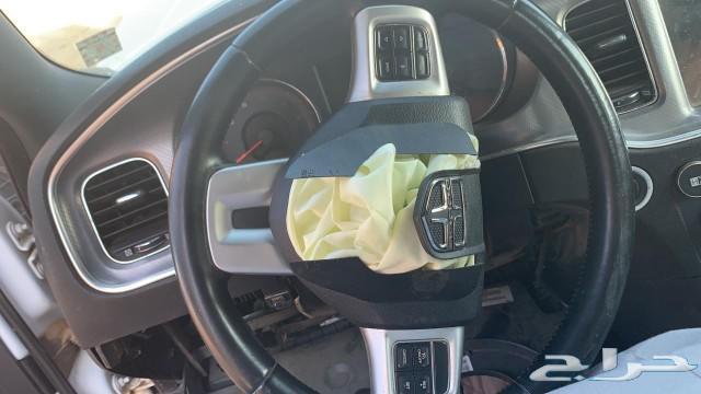 تشارجر 2011 السيارة