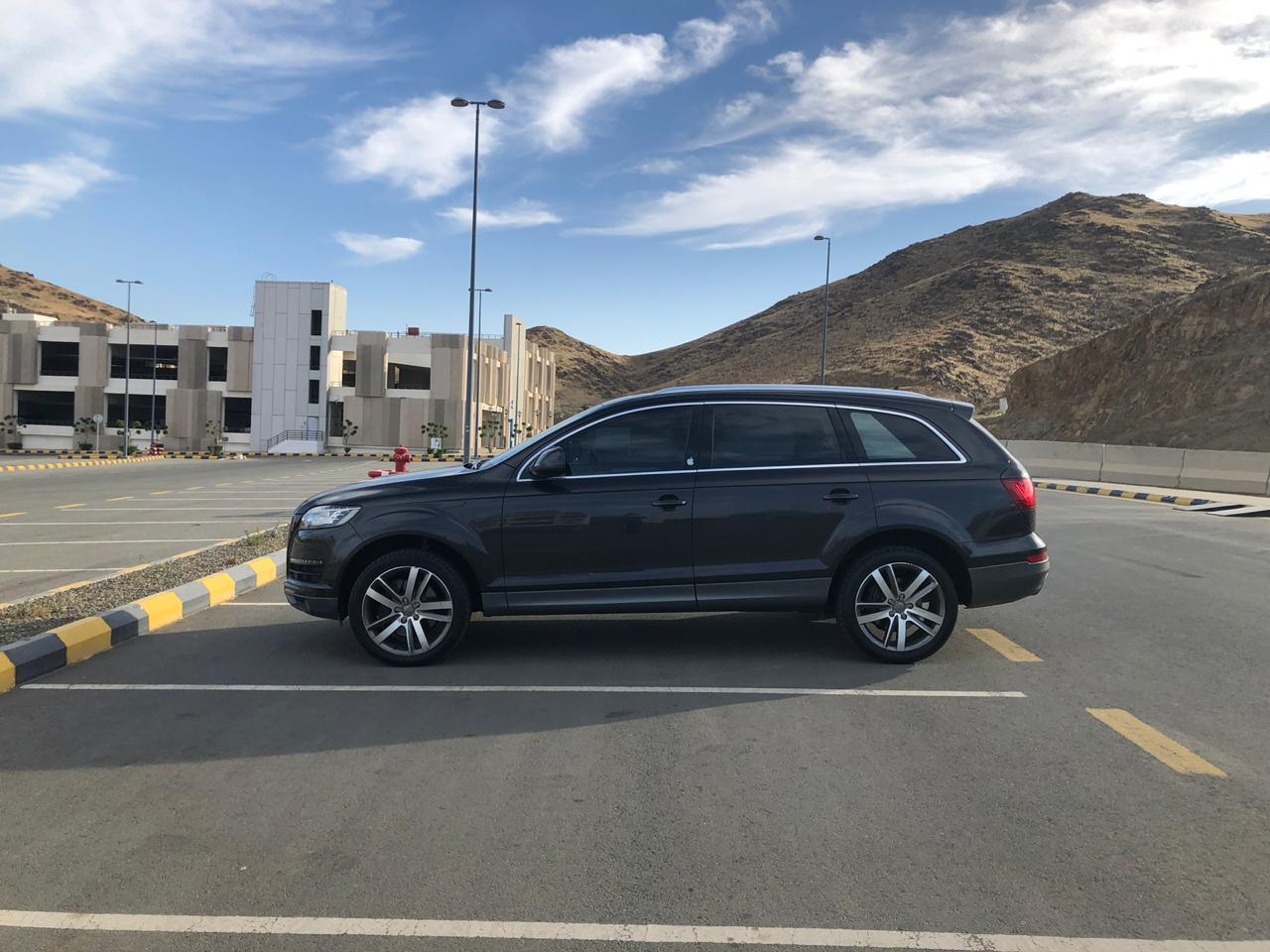 أودى Q7 Audi