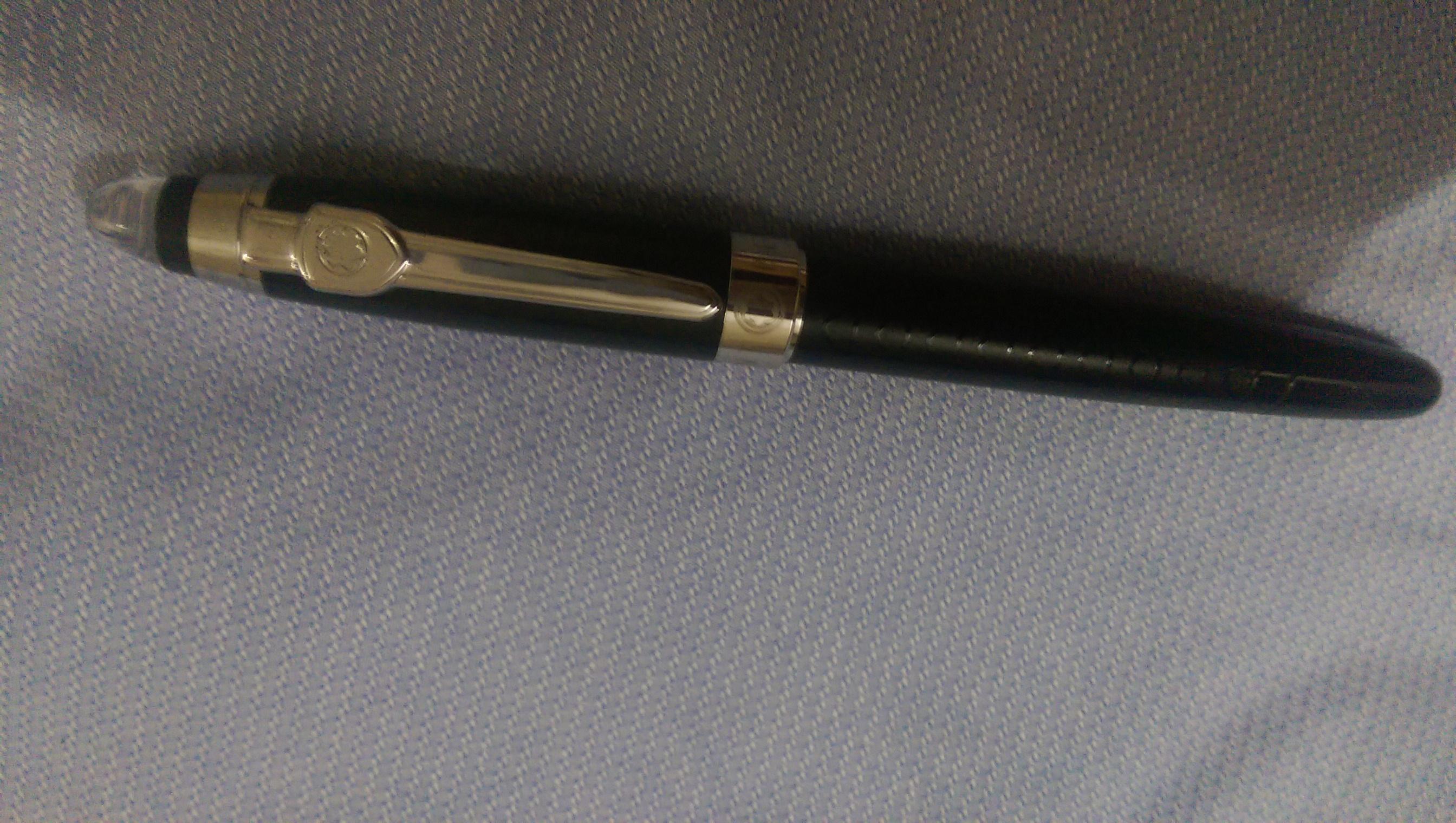 4f9aa4974 قلم مونت بلانك الاصلي