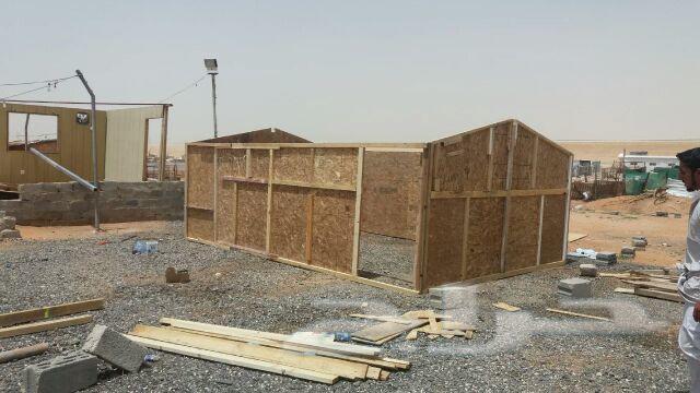 دكات حديد وغرف خشب البيع شامل توصيل وتركيب
