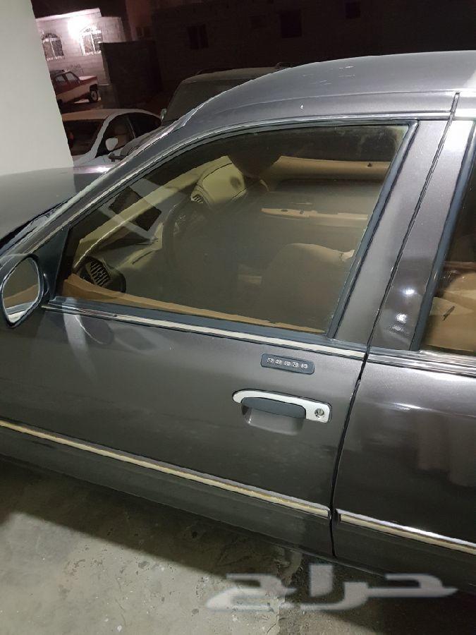 قراند ماركيز نظيف اول مالك للسياره