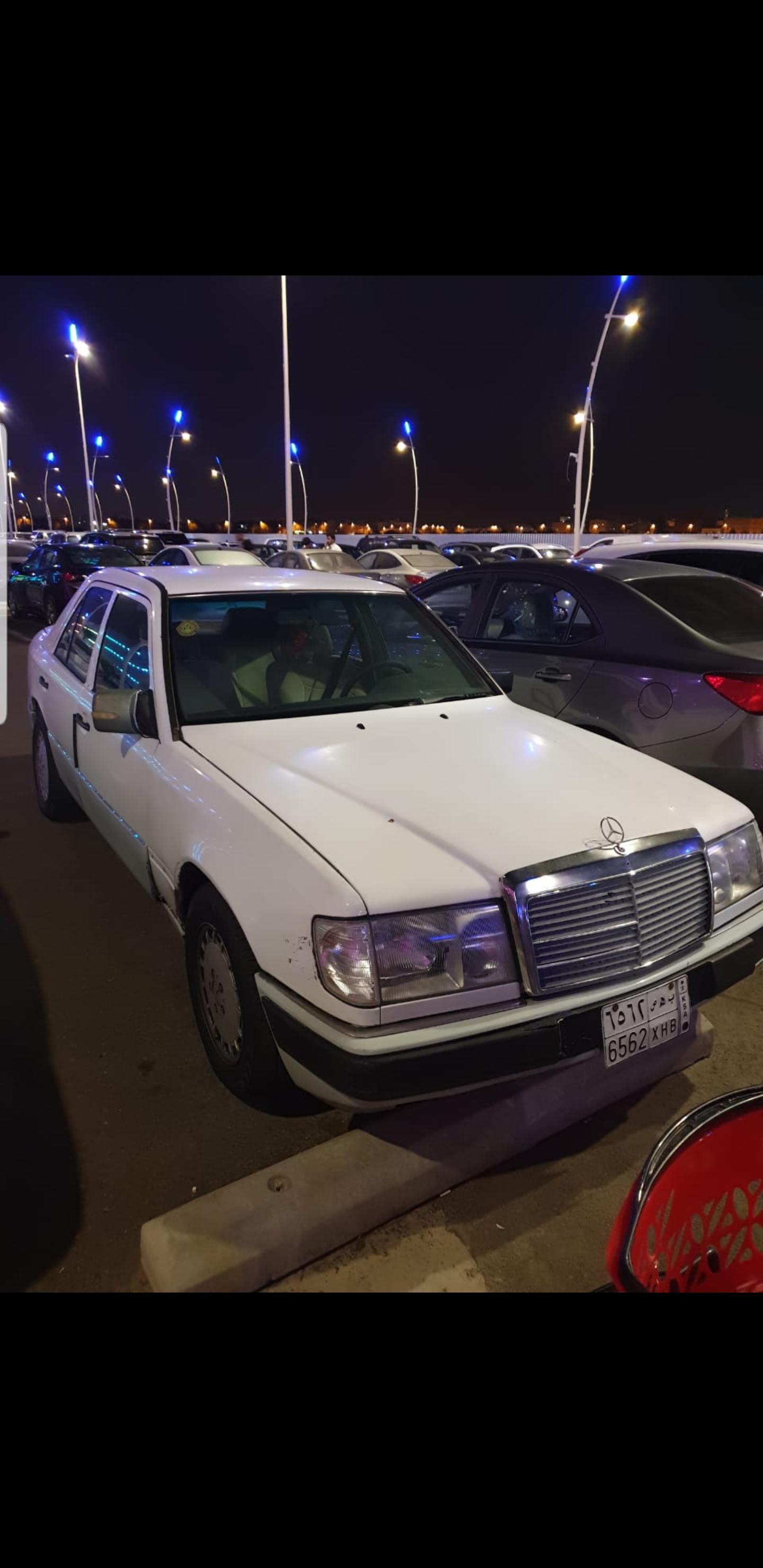 سيارة مرسيدس للبيع موديل 92