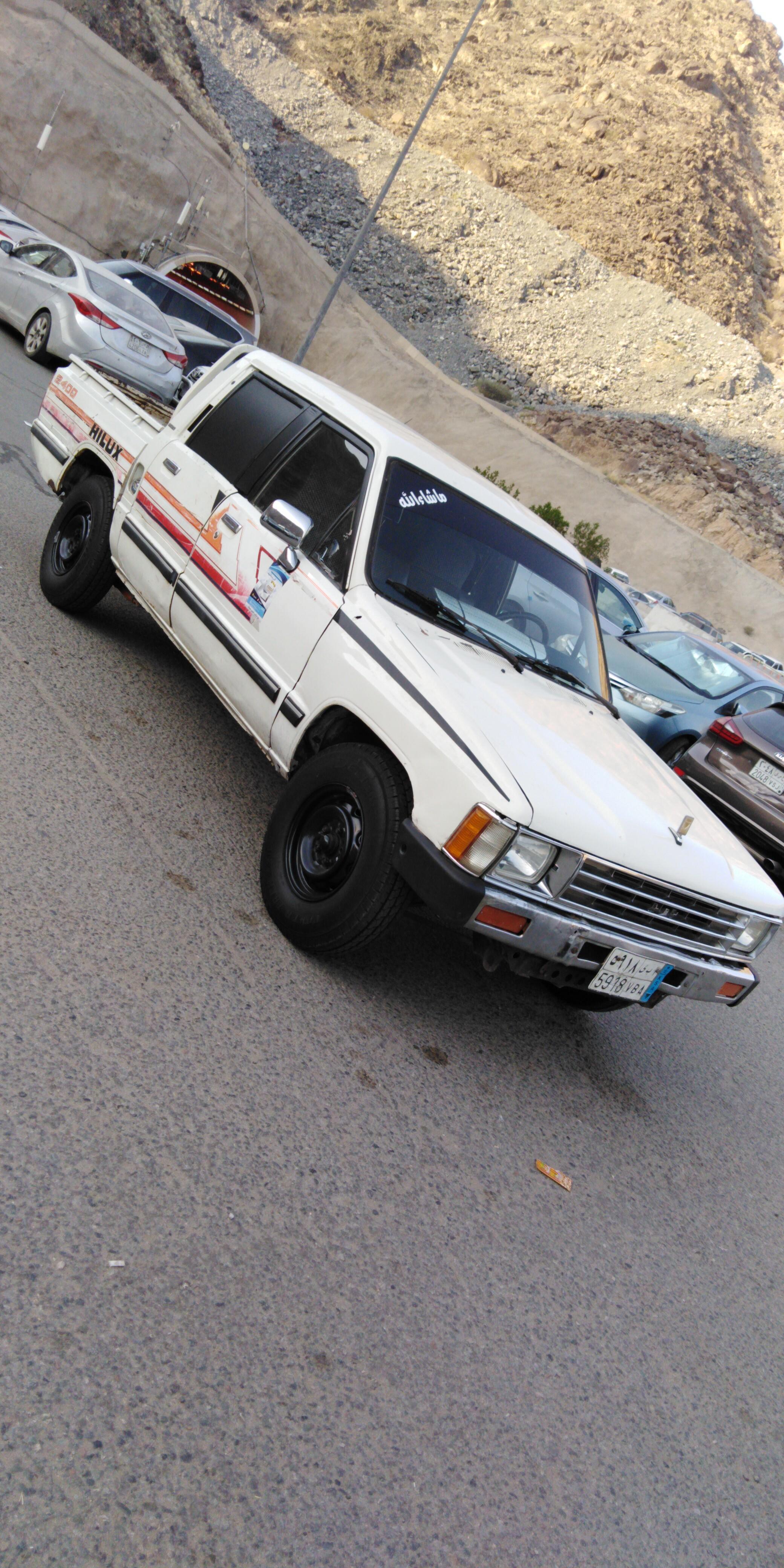 هايلوكس محافظة بدر