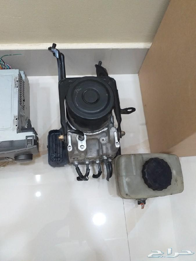 للبيع قطع غيار لكزس Ls430