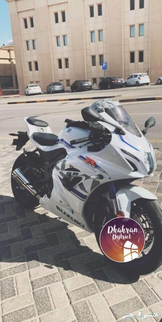 دراجة سوزوكي 1000 ار ار