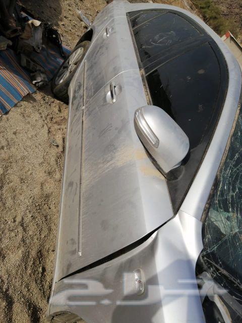 يوجد سياره تشليح للبيع قطع لمن له رغبه سوانتا