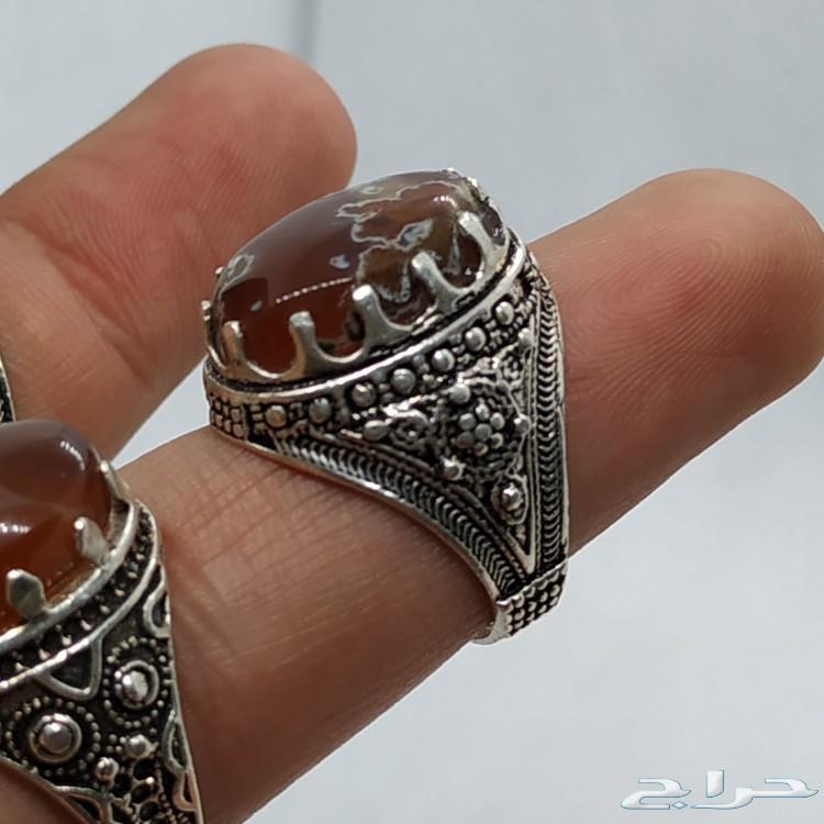 مزاد على عشره خواتم عقيق يمني اصلي