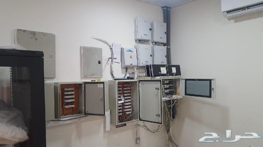 صيانة اجهزة الحاسب وتركيب الشبكات