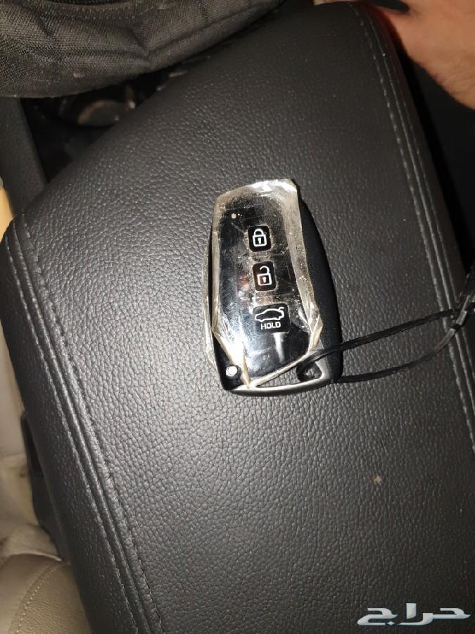 مفتاح هونداي جينسس 2017