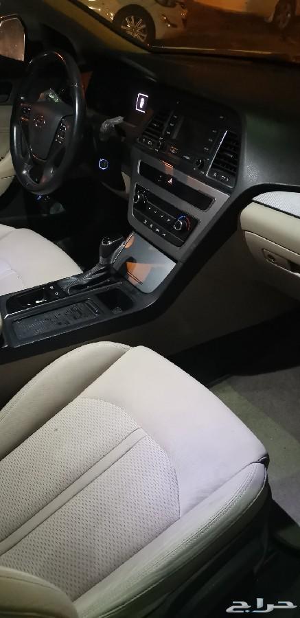 سيارة هونداي موديل 2015 نصف فل للبيع