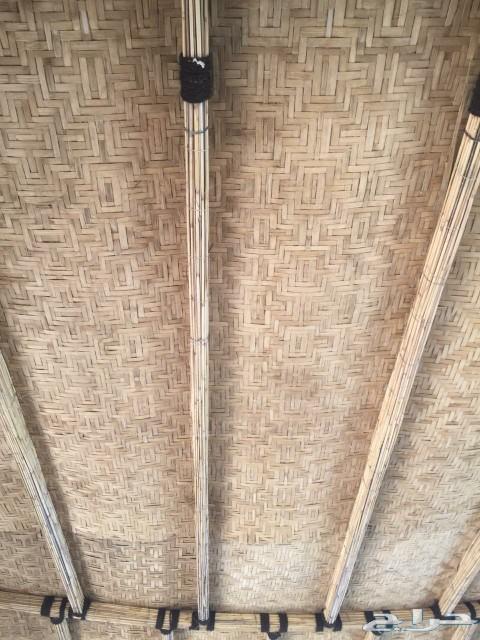 يوجد لدينا خشب خيزران الحصير من الجريد مشغل ا