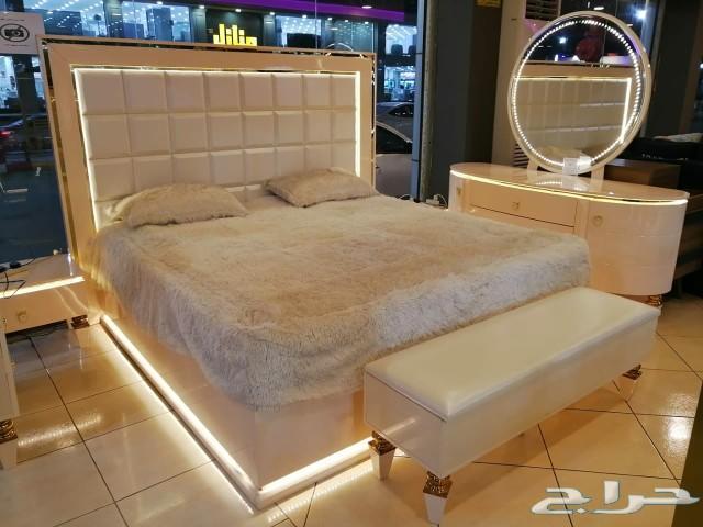 غرف نوم مميزة مع مرتبة هدية