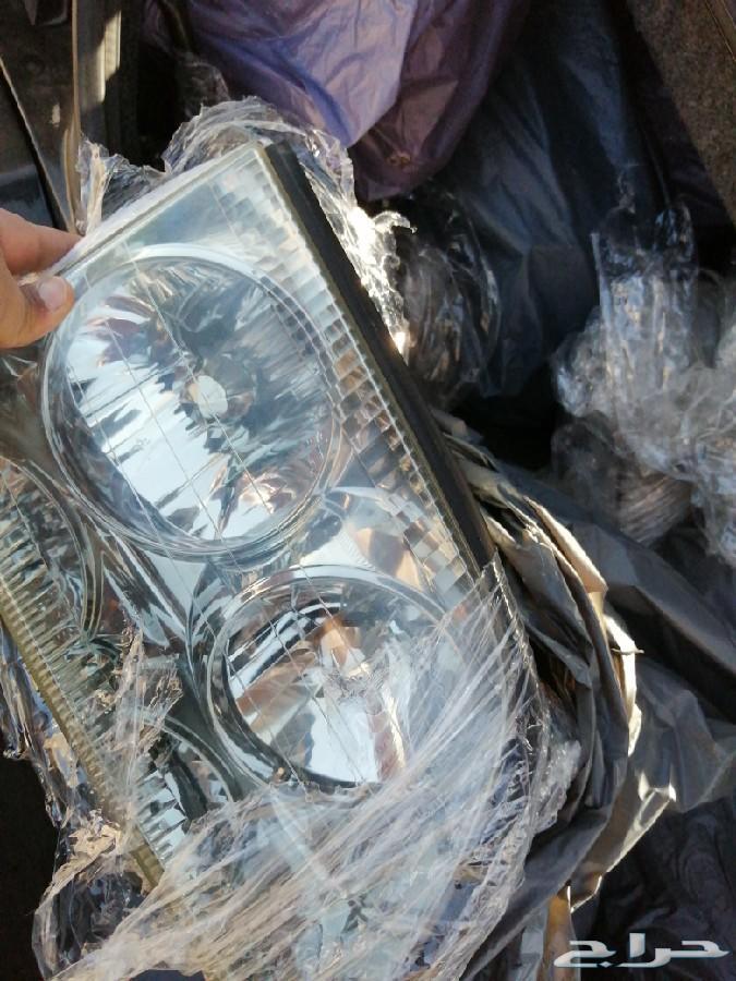 للبيع شمعات لكزس LS400 موديل 2000