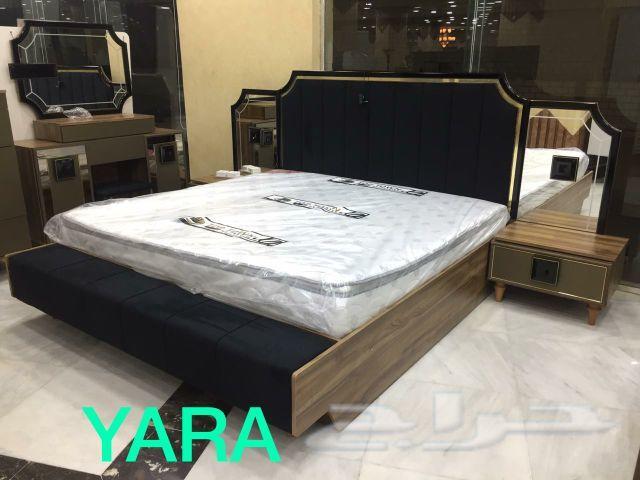 غرفة نوم فخمة لعشاق اللون الاسود صناعة تركية