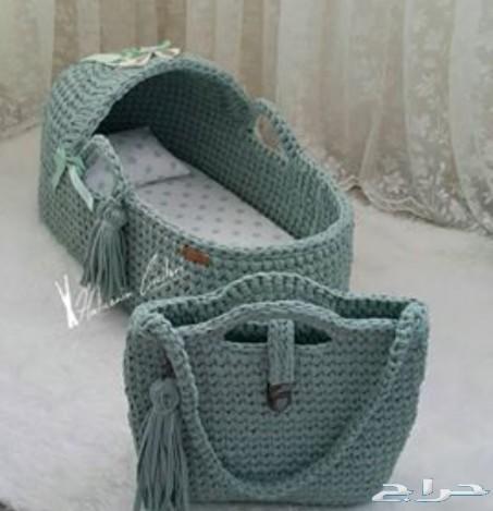 بطانيات و مهادات وسرير