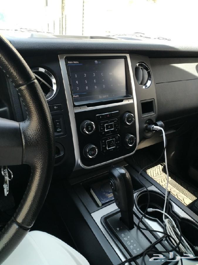 سيارة فورد اكسبيديشن 2015