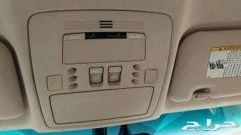 سيارة لكزس es350 للبيع أو البدل بجيب صغير