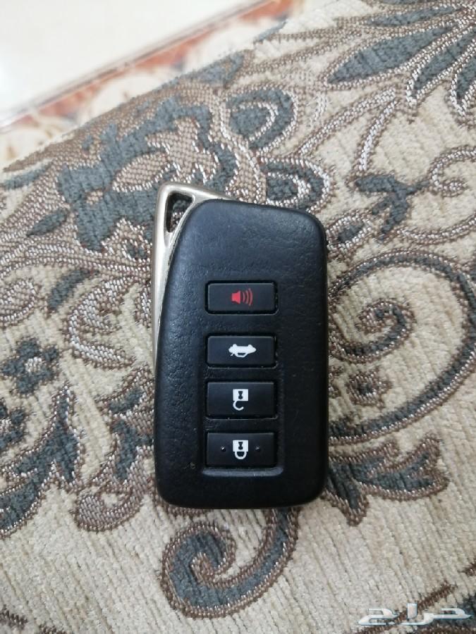 مفتاح لكزس نظيف للبيع es350 2015