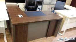 أثاث مكتبي