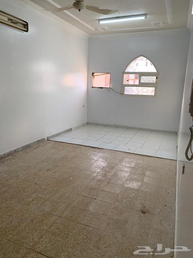 شفة عوائل للإيجار في حي الشفا