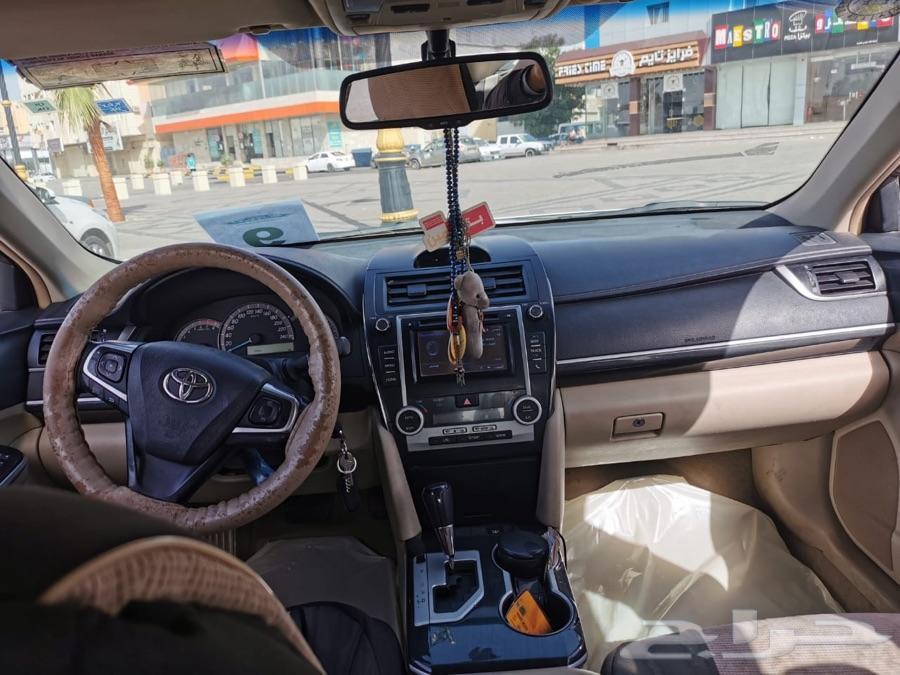 سياره كامري للبيع