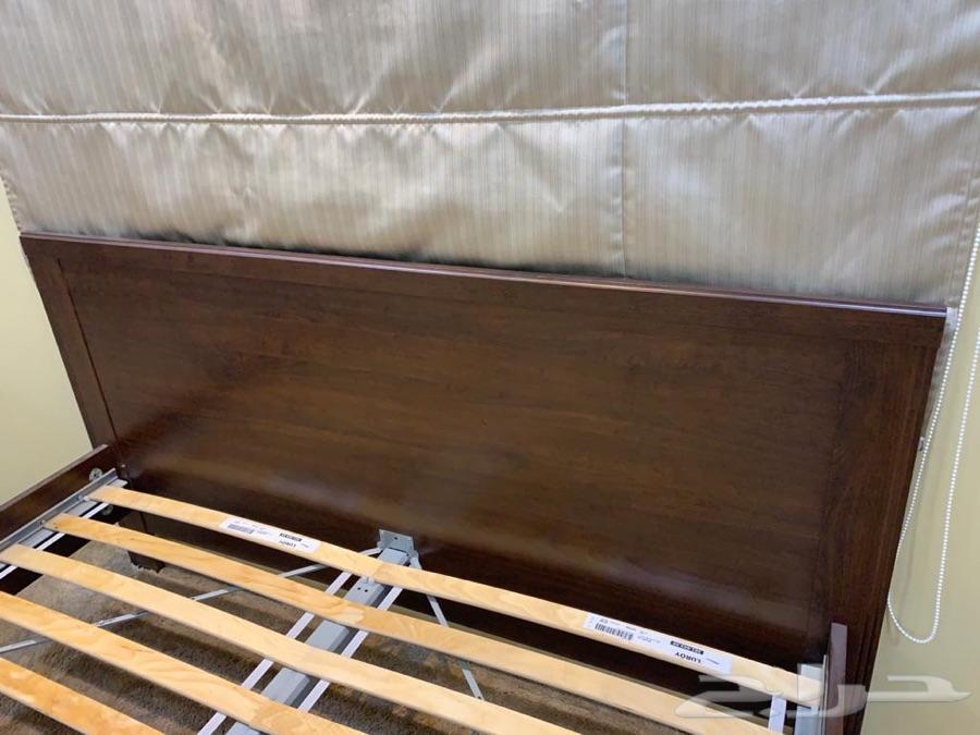سرير من ايكيا نظيف جددا للبيع بالدمام