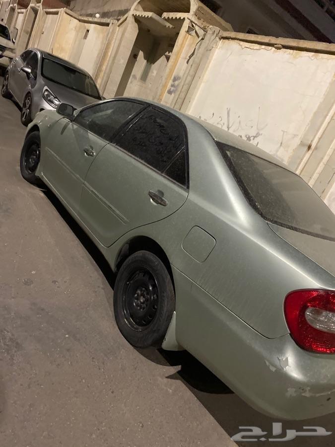 سيارتين للبيع كامري 2003 وفورد اكسبلور6