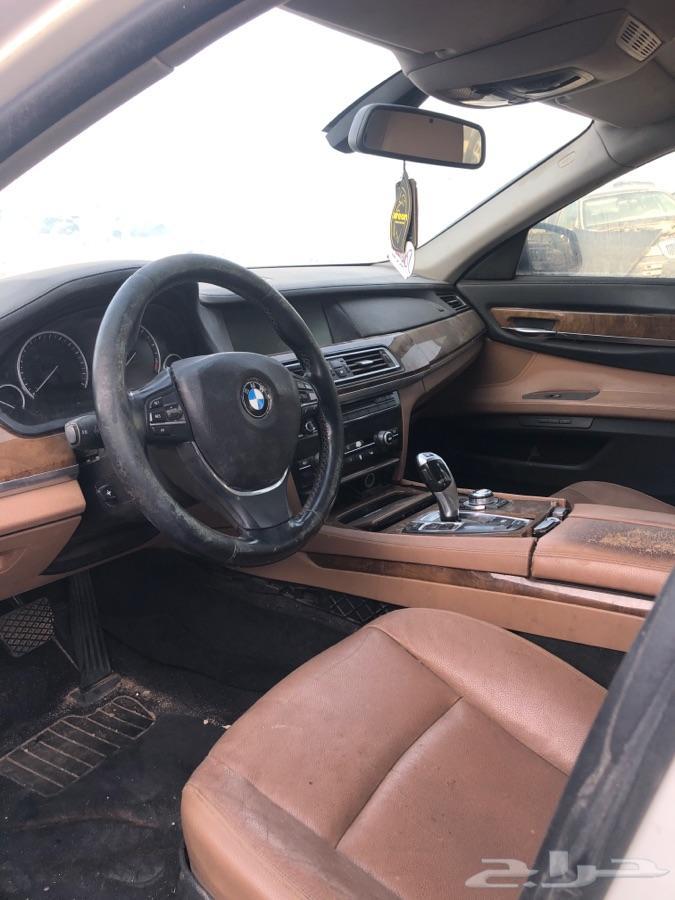 قطع غيار فقط 2011 B M W  740