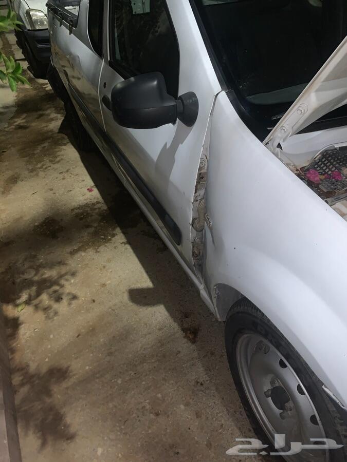 سيارة رينو 2012 غمارة للبيع
