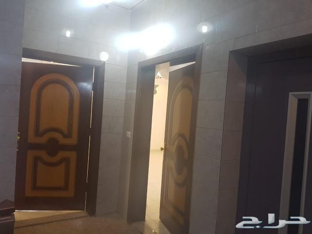 للإجار السنوي شقة فاخرة 5غرف عند كبري الصيانه