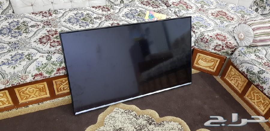 شاشة تلفزيون سامسونج سمارت 40 بوصة مكسورة