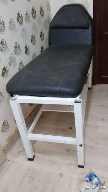 كرسي مساج شبه جديد للبيع